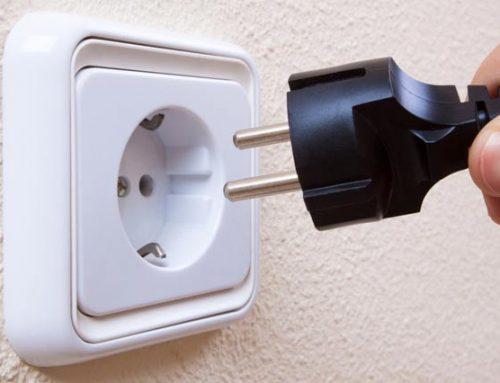 Tip electricistas. Cómo renovar un enchufe