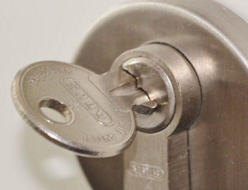 Cerrajeros y Seguridad: Cómo cambiar un bombín