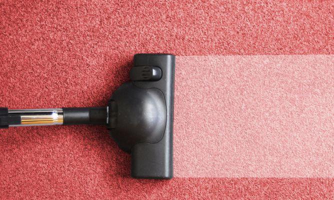 aspirar alfombras moquetas