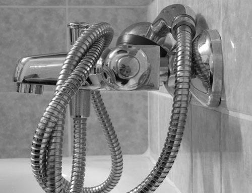 Tip fontaneros: ¿cómo cambiar la manguera de la ducha?